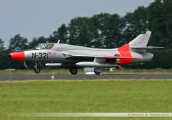 Hawker Hunter KLU - N-321
