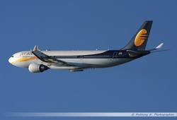 Airbus A330 Jet Airways - VT-JWN (2)
