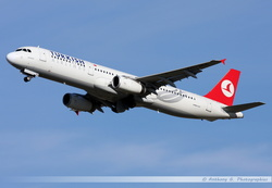 Airbus A321 Turkish Airlines - TC-JRA