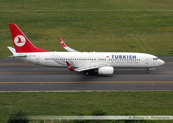 Boeing 737 Turkish Airlines - TC-JGI