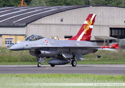 F-16 Danish Air Force - E-194 (2)