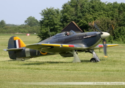 Sea Hurricane - G-BKTH (2)
